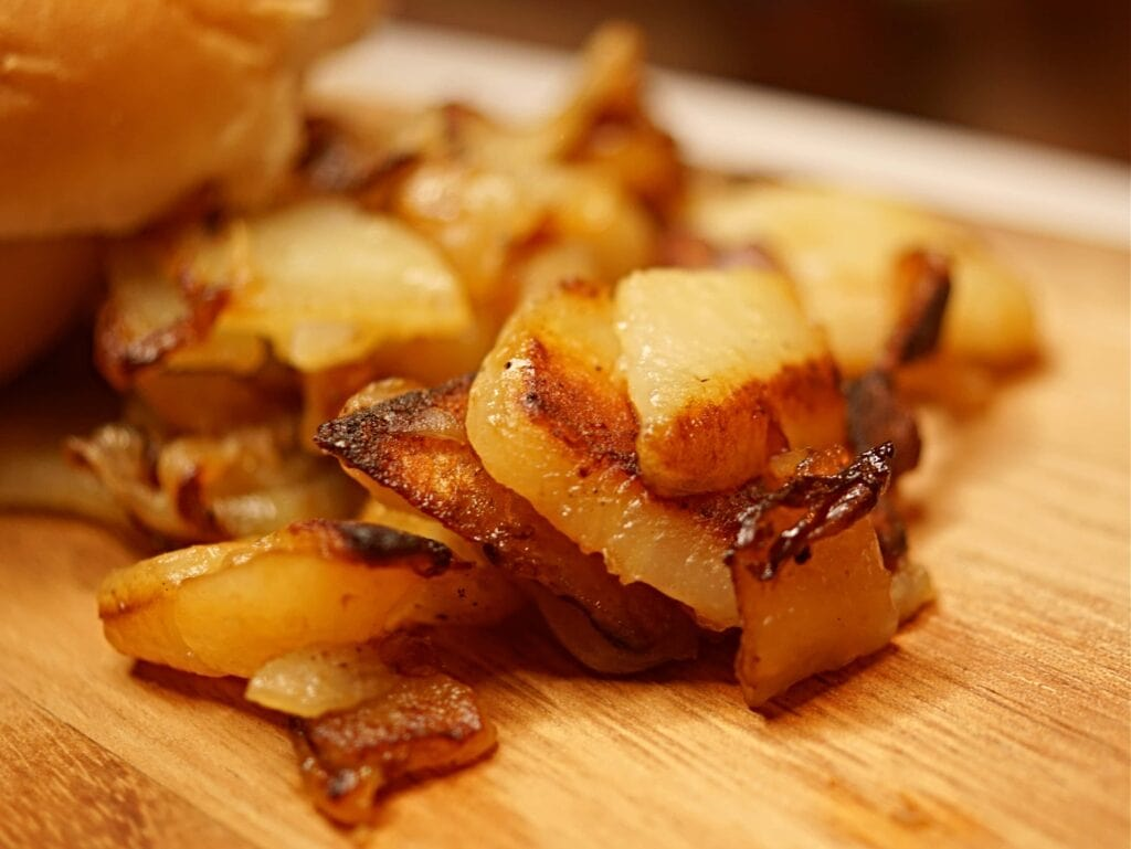 Fried potatoes and onions recipe