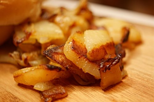 Perfectly crisps pan fried potatoes and onions