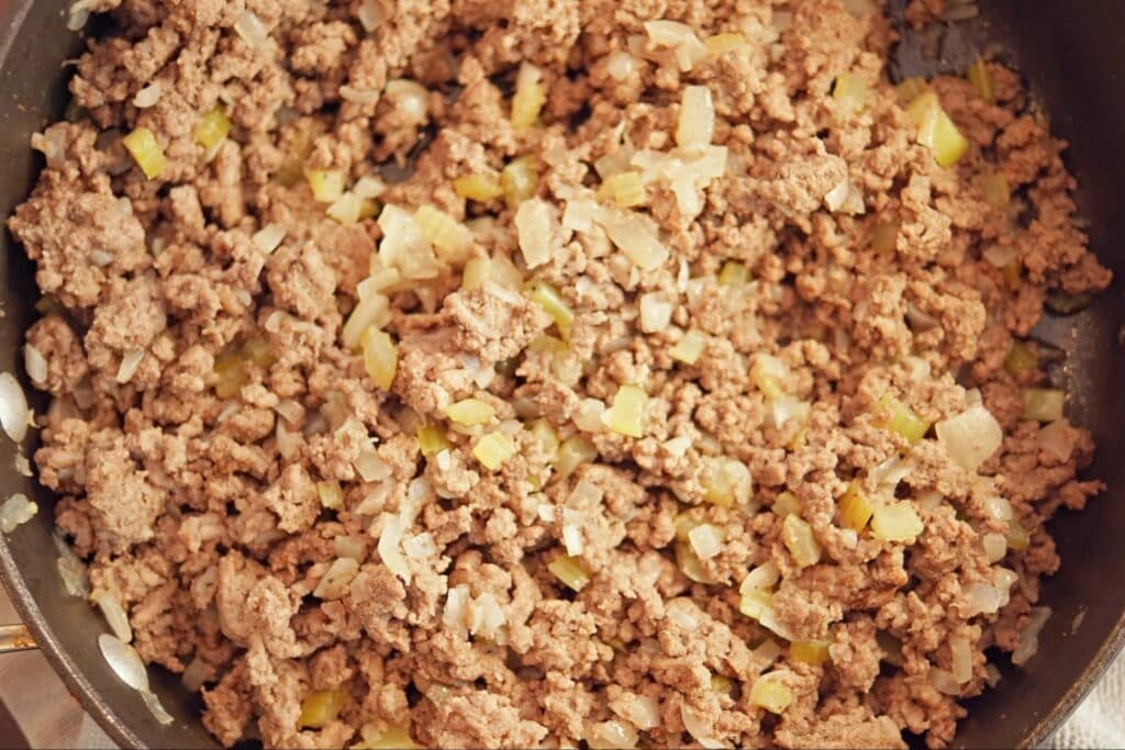 meat pie filling for Middle Eastern sfeeha, ground beef mixture