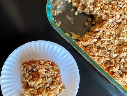 Warm Fresh homemade apple crisp with oatmeal topping a granny smith apples