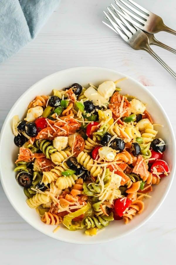 Easy Italian Summer Pasta Salad