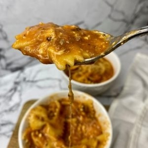 instant pot lasagna soup with melty cheese